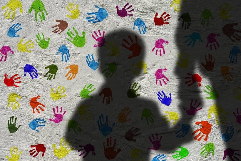 Violencia contra niños, niñas y adolescentes
